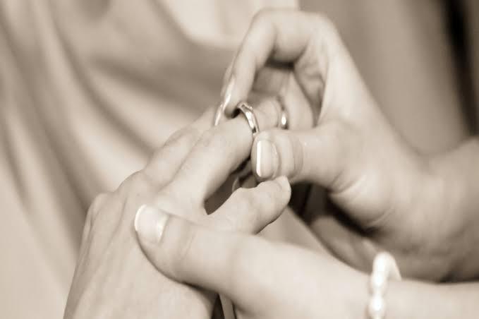 تطور أشكال الزواج : كيف بدأ وكيف أصبح؟ .. تعرف على أول عقد قران فى التاريخ