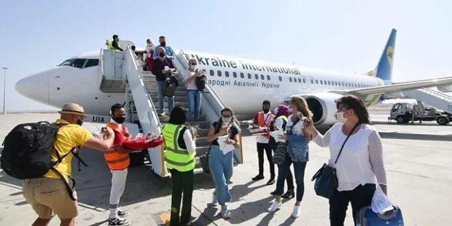 الحياة تعود تدريجياً إلي مرسي علم 46 رحلة طيران تصل هذا الأسبوع
