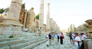 صندوق النقد العربي .. 10.3 % مساهمة قطاع السياحة في الناتج المحلي العالمي
