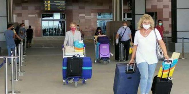 مدينة الغردقة تستعيد عافيتها السياحية مع توافد الرحلات الدولية