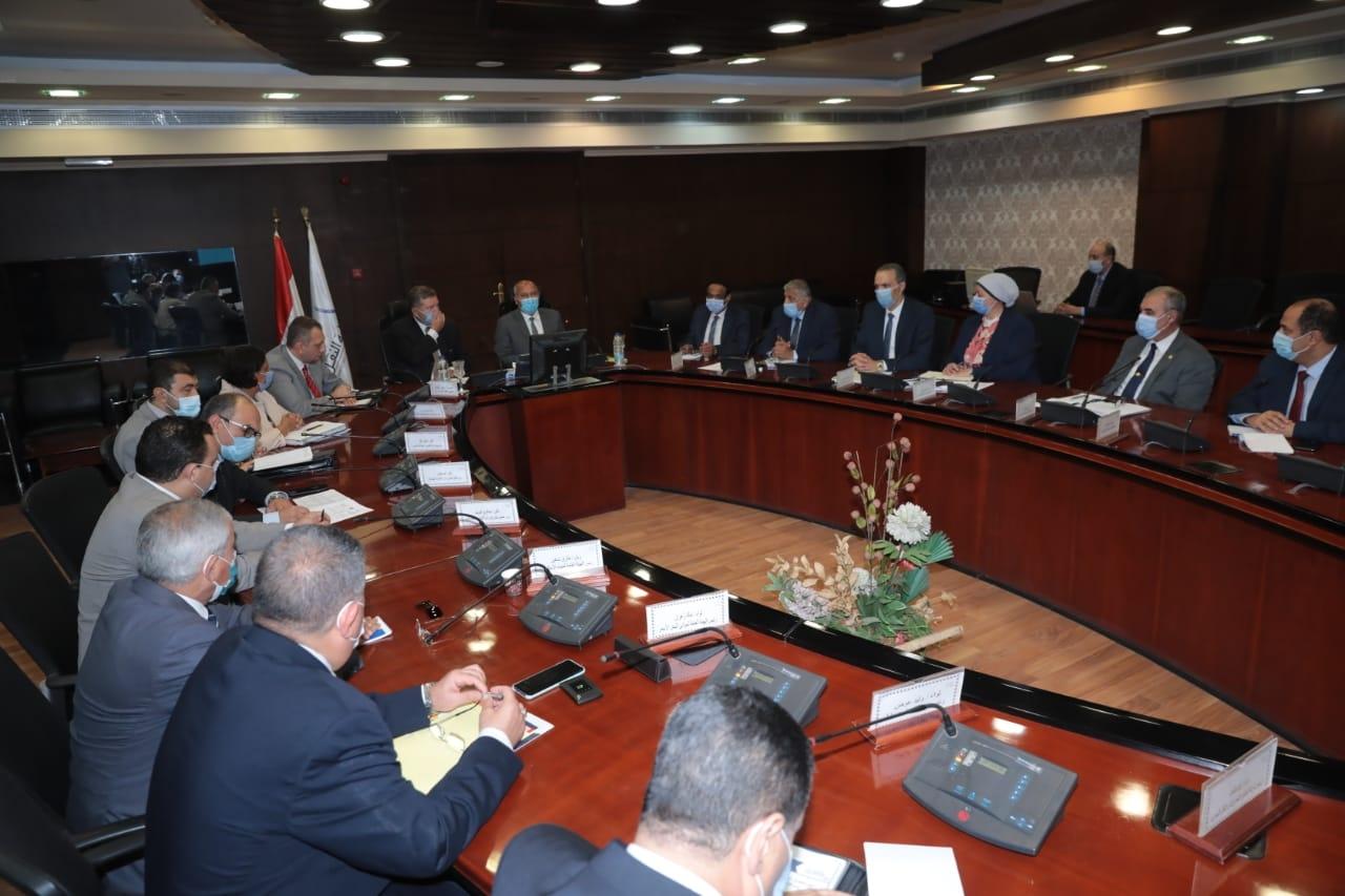 مصر تبدأ تطوير الاسطول ومنظومة النقل البحري وكتالوج الكترونى للترويج1