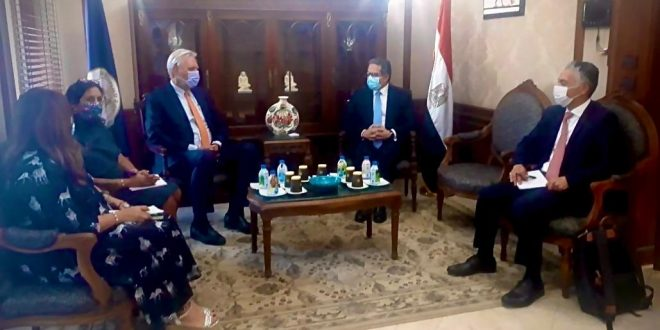 هل تعود السياحة الهولندية إلى مصر لطبيعتها بعد لقاء العناني مع السفير ؟