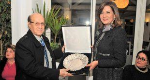 وزيرة الهجرة تنعي رئيس الجالية اليونانية وتؤكد .. فقدنا أحد الرموز الوطنية