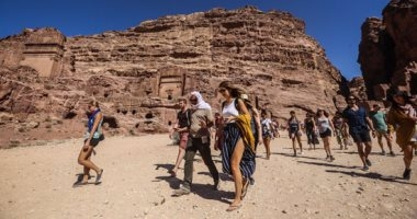 إغلاق 60 شركة سياحة والمستثمرون يصرخون إعفونا من الرسوم والتراخيص بالأردن