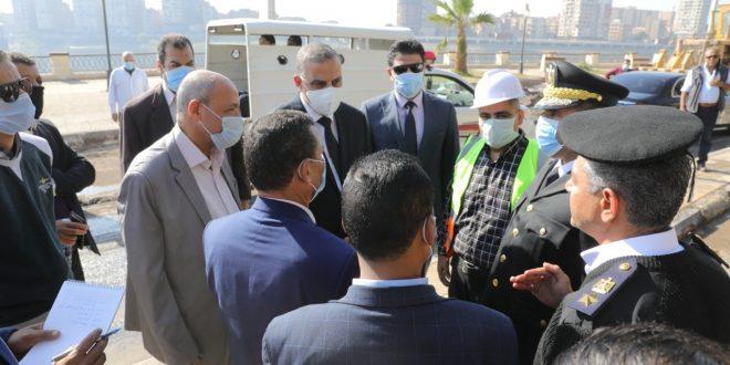 الفقي يتفقد أعمال تحسين ورفع كفاءة طريق الكورنيش الشرقي بمدينة سوهاج