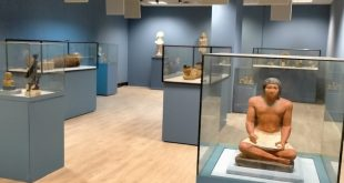 انتهاء أعمال تطوير متحف مطار القاهرة .. وضع القطع الأثرية داخل فتارين
