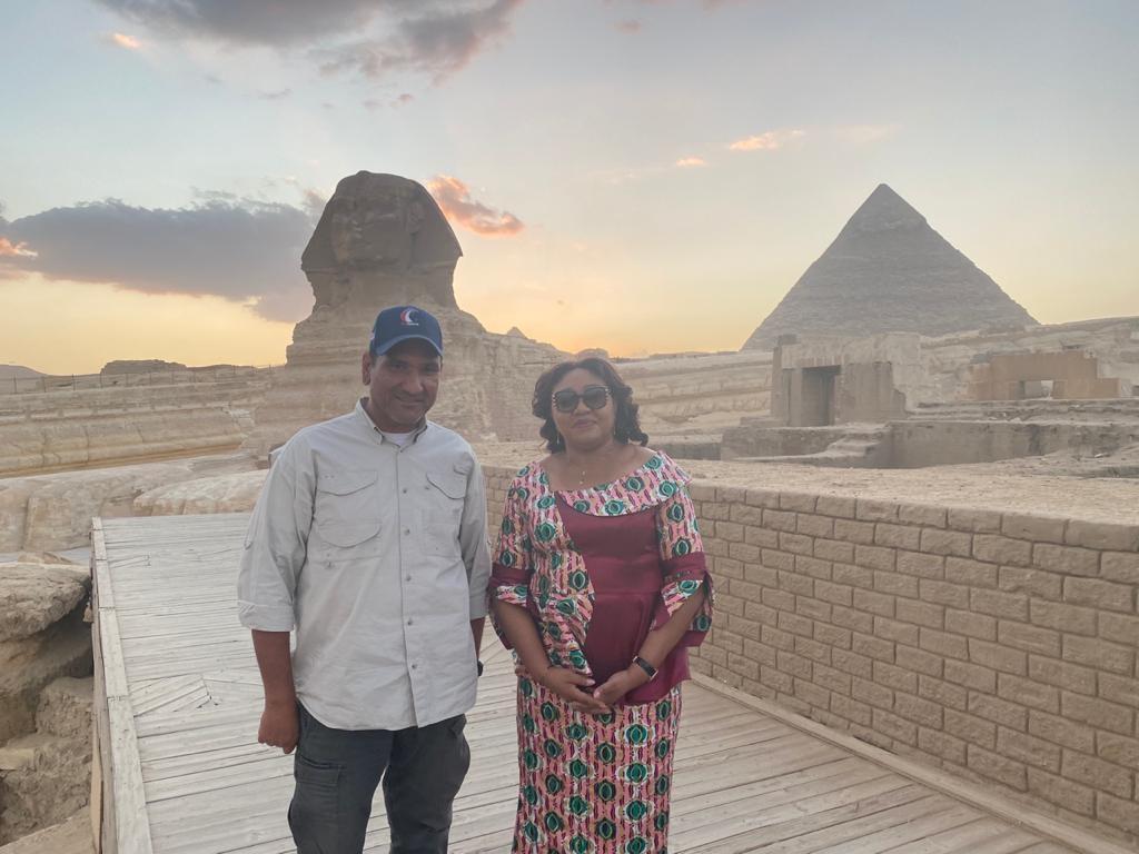 حرم رئيس الكونغو تبدى إنبهارها بقدماء المصريين خلال زيارتها للأهرامات1