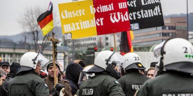 دراسة تكشف زيادة كراهية الأجانب والتطرف اليميني في ألمانيا
