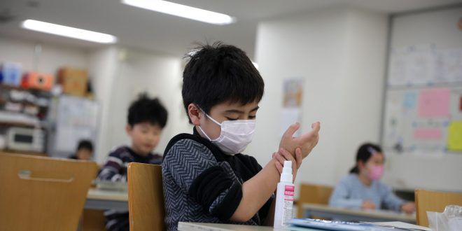 كورونا يربك المناهج التعليمية فى المملكة المتحدة .. والأطفال الأكثر تضرراً
