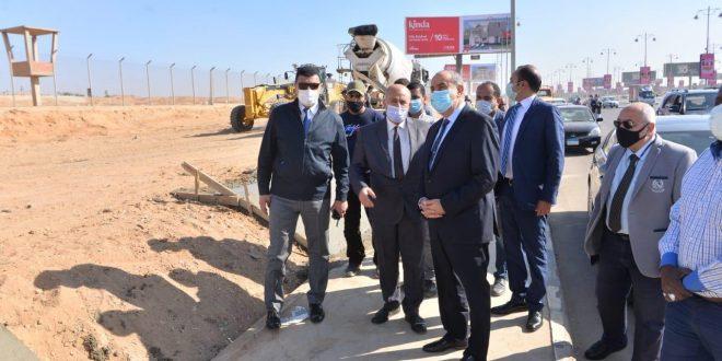وزير الطيران يتفقد تركيب كاميرات رادارية ووسائل أمنية على أسوار المطار