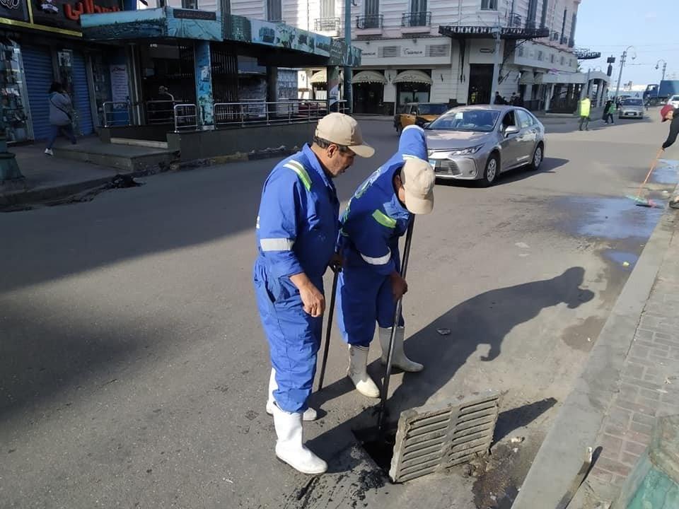 أحياء الإسكندرية تبدأ الاستعداد لنوة الفيضة الصغرى وتطهر شنايش الأمطار44