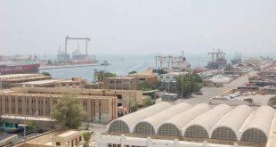 إغلاق موانئ البحر الأحمر لسوء الأحوال الجوية