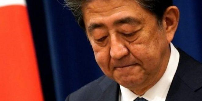 رئيس الوزراء الياباني يدافع عن حملة لدعم السفر الداخلي وسط مخاوف من كورونا