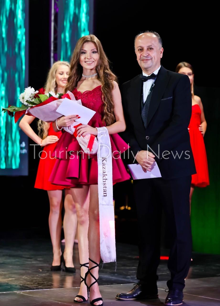 فنادق الباتروس تختار ملكة جمال السياحة والبيئة في صربيا سفيرة لها عالمياً