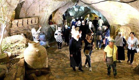 87 منشأة سياحية تدخل الخدمة تراخيص جديدة لإقامة مشروعات بسوريا