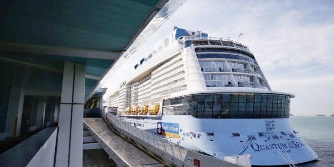 سنغافورة تحتجز سفينة سياحية على متنها حالة إصابة بكورونا