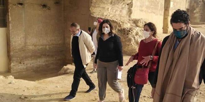 وفد السياحة والمعهد الهولندي ينهى زيارته لمنطقة آثار بنى حسن ومتحف المنيا