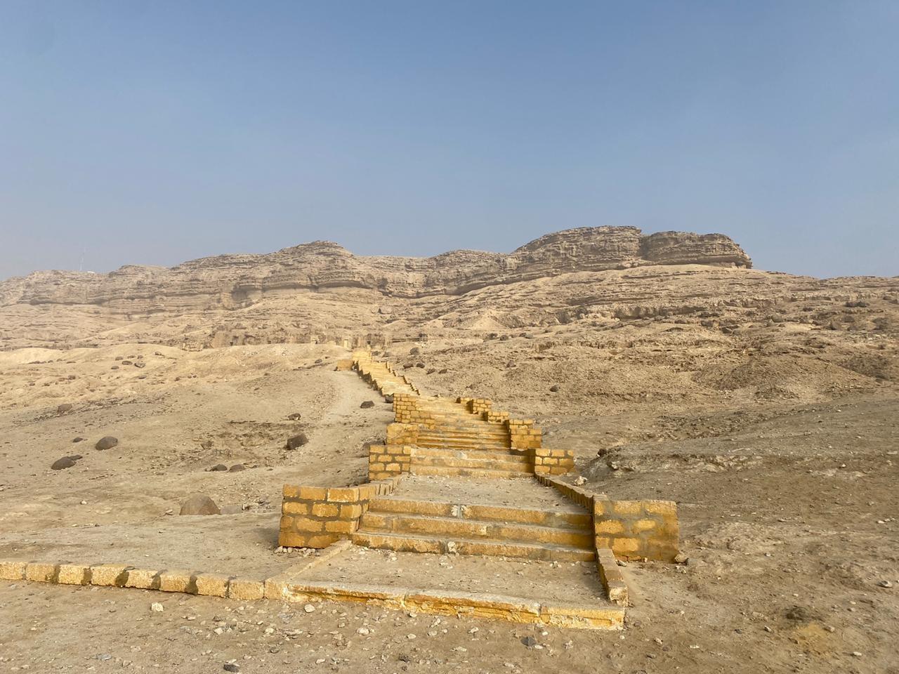 المعهد الهولندي بالقاهرة يطور خدمات منطقة بني حسن الأثرية بالمنيا السياحية1