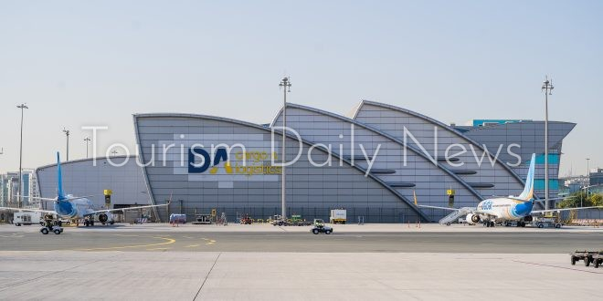 مطارات دبي تنشيء ممر لوجستي لتوزيع لقاحات كورونا على نطاق عالمي