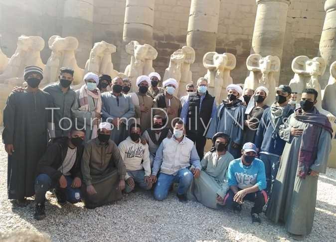 وزير السياحة يفتتح مشروع ترميم مجموعة من تماثيل الكباش داخل معابد الكرنك
