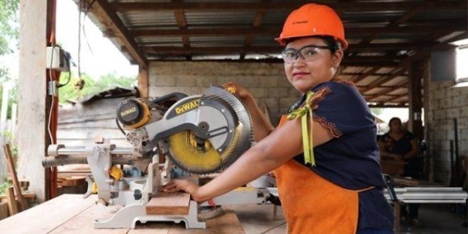 البنك الدولي يكشف فيروس كورونا يعزز التفاوت والتمييز بين المرأة والرجل