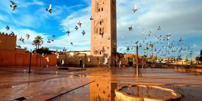 القيود على السفر تبدد الآمال بإنعاش السياحة والمغرب يربط التعافى بالتطعيم