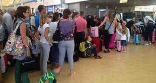 مطار مرسى علم يستقبل أعلى معدل طائرات منذ بداية كورونا بـ 49 رحلة سياحية