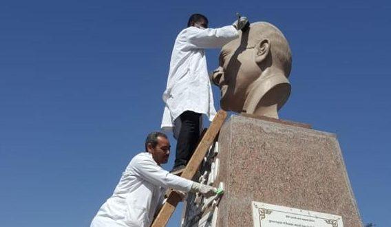 بدء حملة تنظيف وصيانة التماثيل بالميادين العامة فى جميع المحافظات
