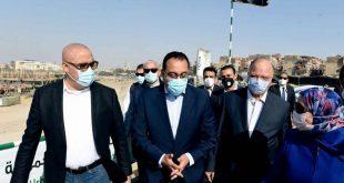 رئيس الوزراء يتفقد سور مجرى العيون.. إعادة تأهيل المباني الأثرية والتاريخية