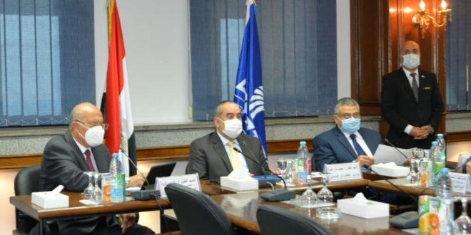وزير الطيران يترأس اجتماع لجنة السلامة العليا بمصر للطيران في دورتها 10