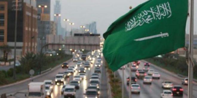 السعودية تلغى نظام الكفيل وتستحدث قيوداً جديدة تكبل العمالة .. تعرف عليها