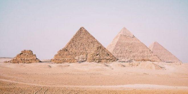 الديلي ميل تختار الهرم الأكبر ومعبد الأقصر من أجمل 50 مبني في العالم