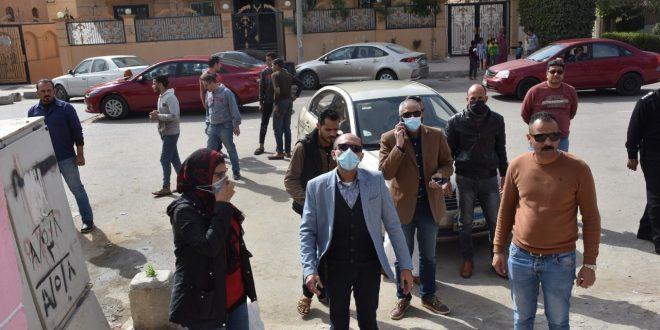 القاهرة الجديدة تشن حملة لضبط المخالفات ورفع الإشغالات بالتجمع الأول
