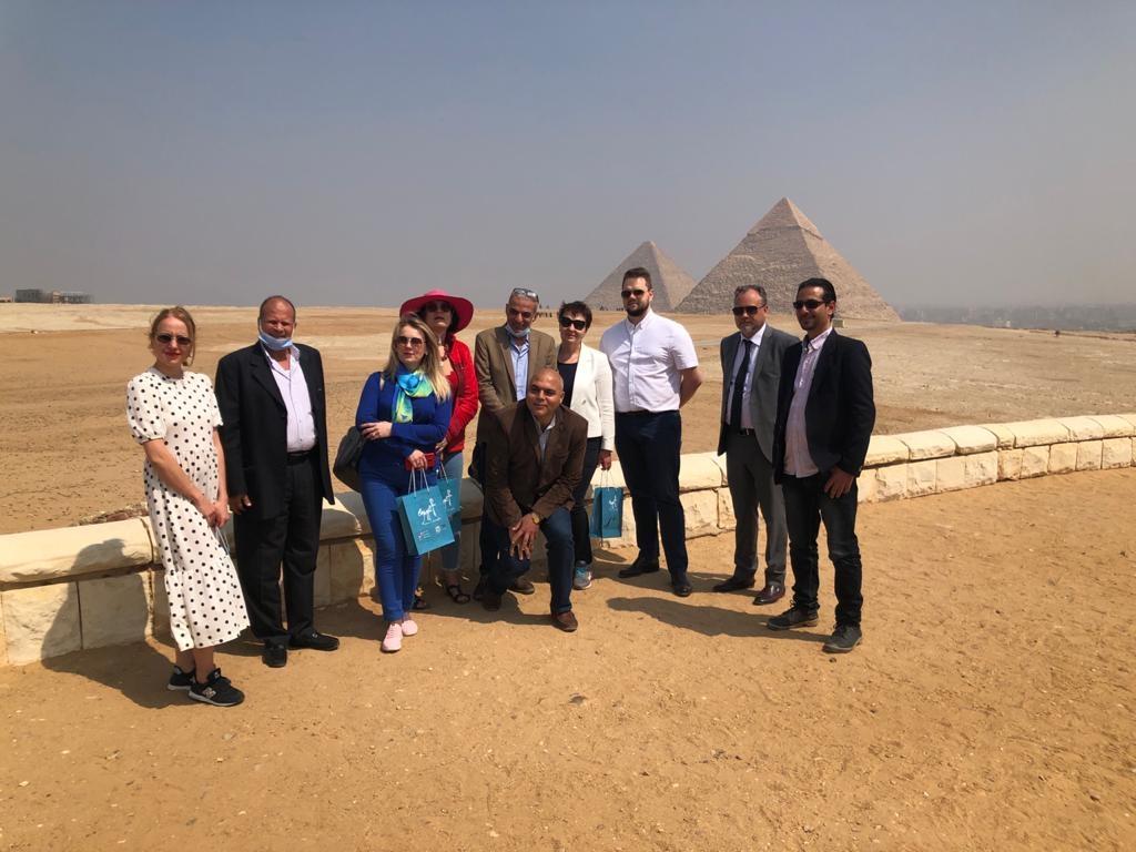 مصر تتطلع بيلاروسيا على الضوابط الصحية لتحريك الطلب وتنشيط السياحة لمدنها1