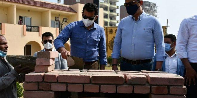 وزير الشباب والرياضة يضع حجر أساس 40 غرفة فندقية بنادي قارون بالفيوم