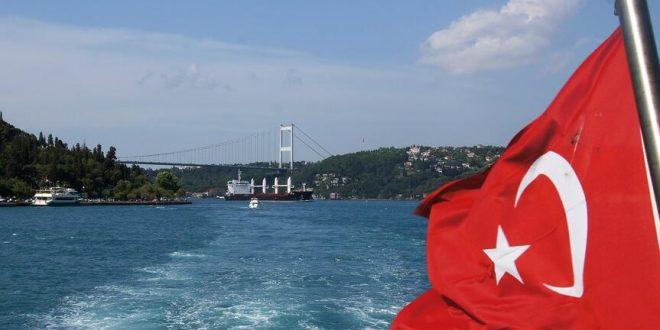 إيرادات السياحة بتركيا تتراجع 40.2% في الربع الأول إلى 2.45 مليار دولار
