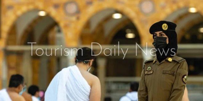 السعودية الجديدة .. صورة شرطية أمن الحج والعمرة في الحرم تثير جدلاً واسعاً