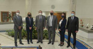 رئيس مصر للطيران يستقبل أمين عام الاتحاد العربي للنقل الجوي