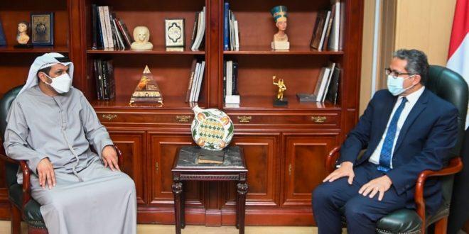 ماذا دار في لقاء خالد العناني مع السفير الإماراتي حول السياحة الثقافية ؟