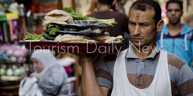 نكهات الطعام المصري الرمضاني تجذب السياح لاكتشاف نمط جديد من حياة الشعوب1