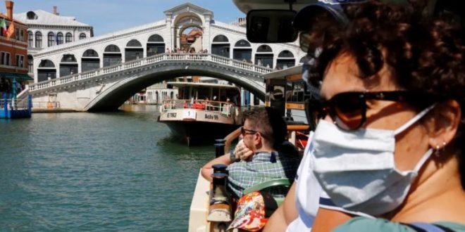 بلومبرج : الفنادق الإيطالية تستعد لعام سيئ جديد وعائدات السياحة تقلصت 61%