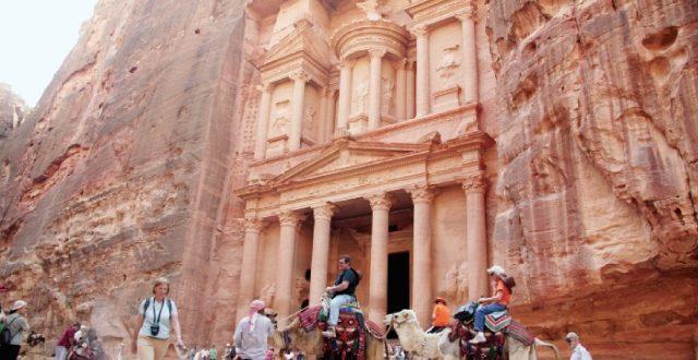 23 ألف عامل في القطاع السياحي فقدوا وظائفهم بسبب كورونا بالأردن