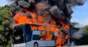 مصرع 5 ركاب وإصابة 12 آخرون بجروح خطيرة فى حريق حافلة سياحية بتايلاند