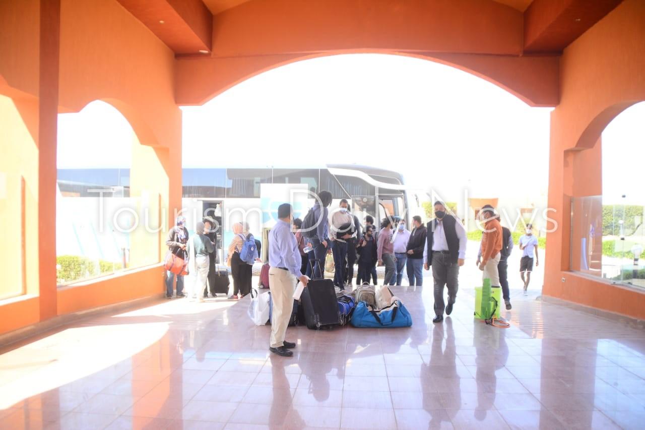 فنادق مرسى علم تفتح الأبواب و34 رحلة تصل المطار أسبوعياً في الفترة الخالية