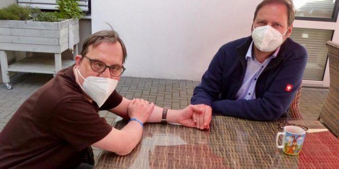 الألمان يعارضون رفع القيود المتعلقة بمكافحة وباء كورونا عن المطعمين