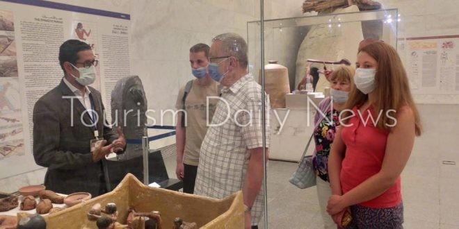 السفير الروسي بالقاهرة ووفد أمريكي يزورون المتحف القومي للحضارة المصرية