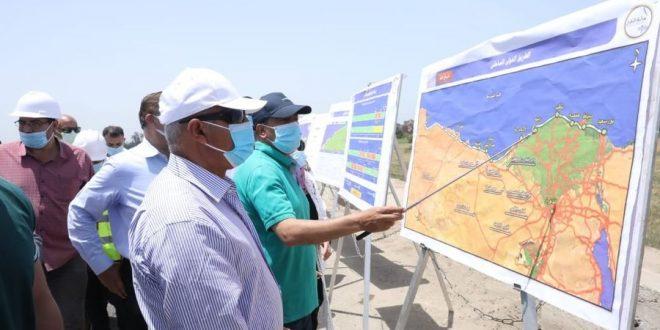 وزير النقل يتابع معدلات تنفيذ مشروع تطوير ورفع كفاءة الطريق الدولي الساحلي