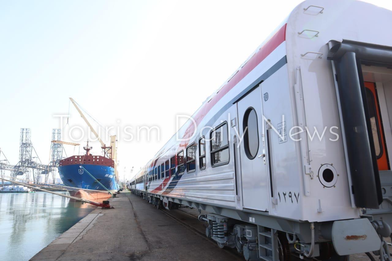 وصول 52 عربة سكة حديد جديدة للركاب ضمن صفقة الـ 1300 إلى ميناء الإسكندرية