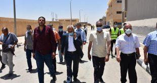 مسئولو الإسكان يتفقدون مشروعات المرافق وأعمال تطوير الطرق بالقاهرة الجديدة