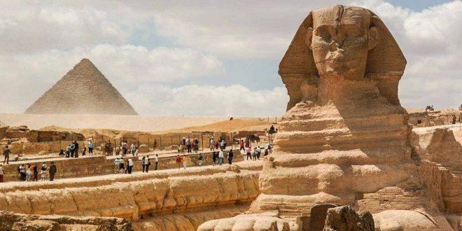 السياحة ترجئ تطبيق الأسعار الجديدة لرسوم زيارة الأجانب للأماكن الآثرية